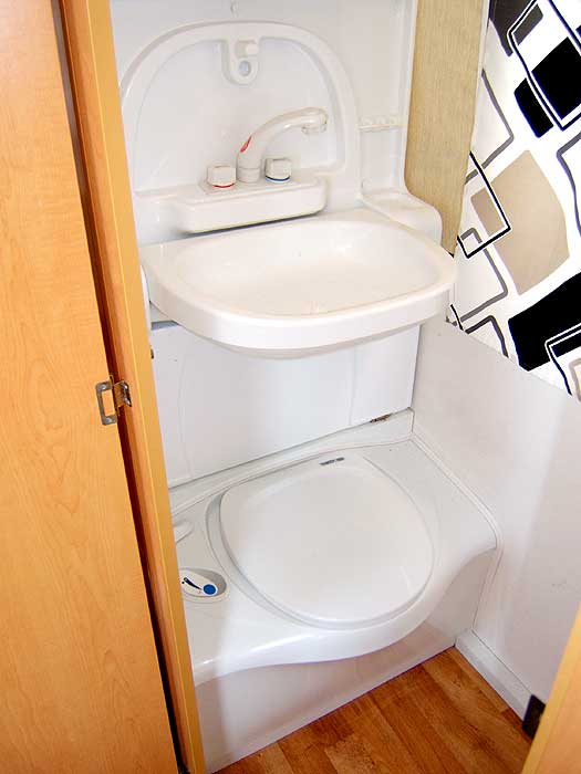 View of the washbasin and cassette toilet.